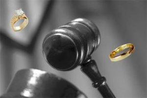 مشاوره با بهترین وکیل طلاق در مشهد