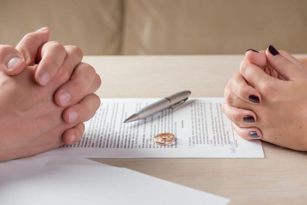 مشاوره با وکیل طلاق در مشهد